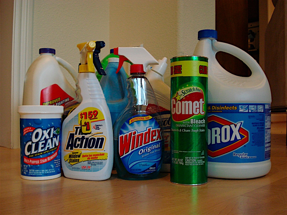 Toxic cleaning products for Other uses for household items